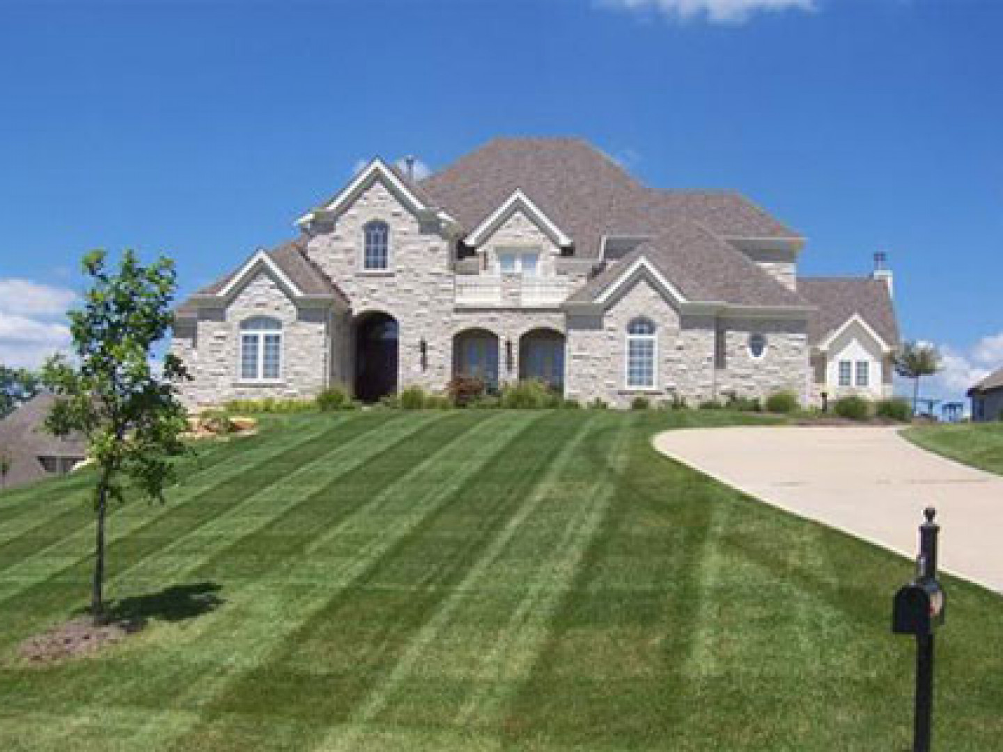 Lawn Mowing Services Richland Battle Creek Kalamazoo Mi